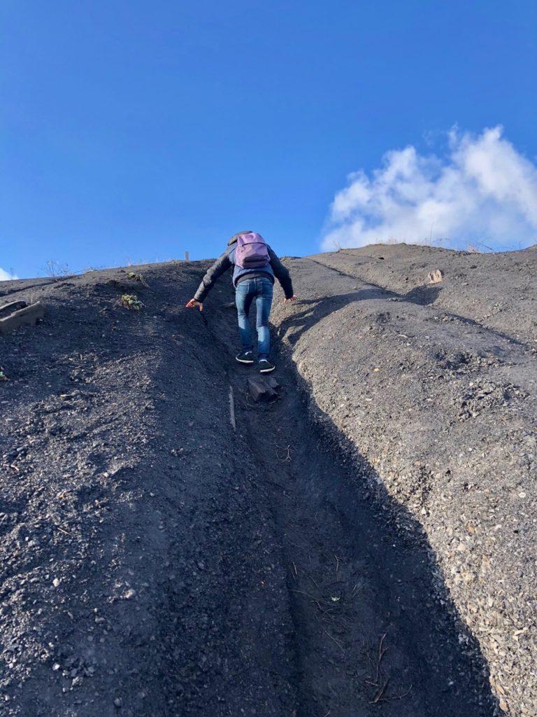 Terrils-jumeaux-Loos-en-Gohelle-fin-ascension