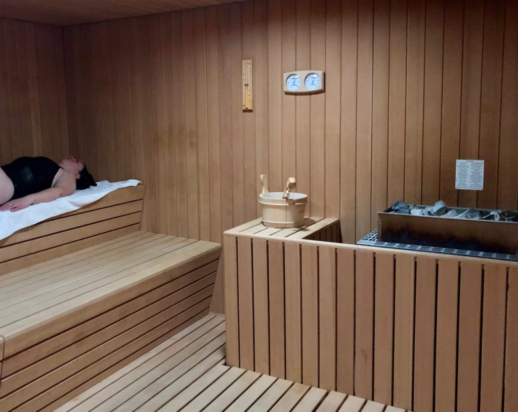 royal-hainaut-spa-valenciennes-dans-le-sauna