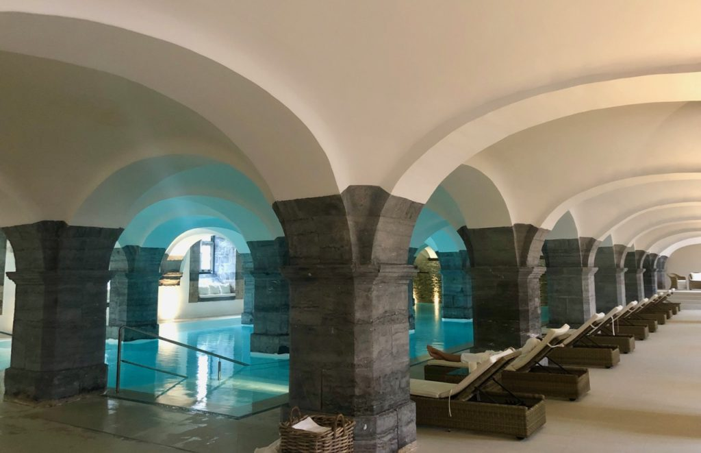 royal-hainaut-spa-valenciennes-piscine-vue-ensemble