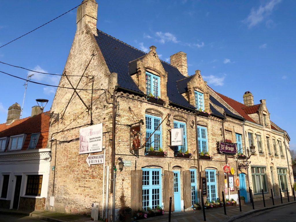 Bergues-restaurant-Le-Bruegel-facade