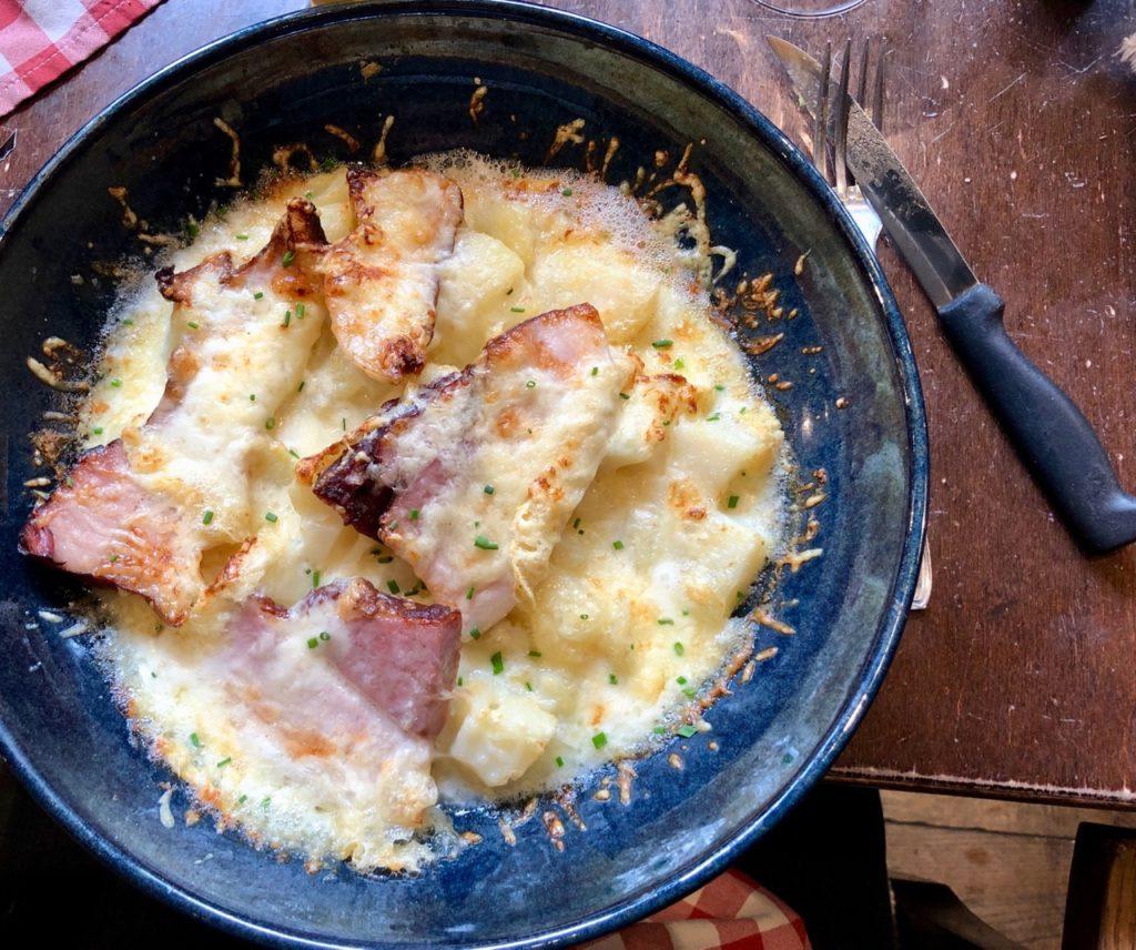 Bergues-restaurant-Le-Bruegel-gratin-flamand