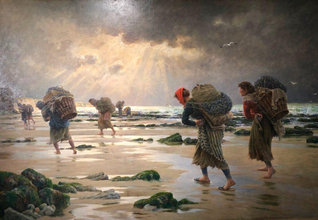 Boulogne-sur-Mer-a-l-abri-chateau-musee-Maroniez-les-moulieres-au-soleil-couchant
