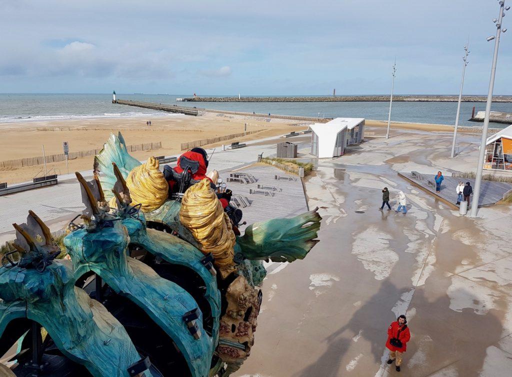 Calais-Dragon-front-de-mer-tete-pilote