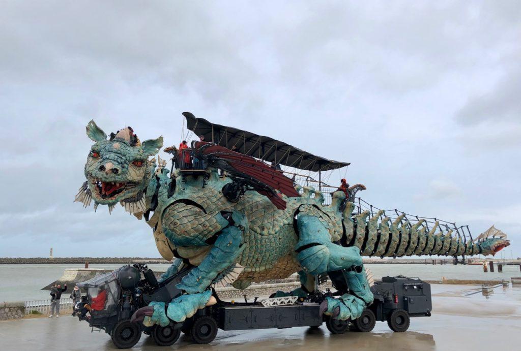 Calais-Dragon-vu-de-loin