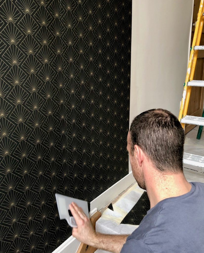 Couloir-pose-papier-peint