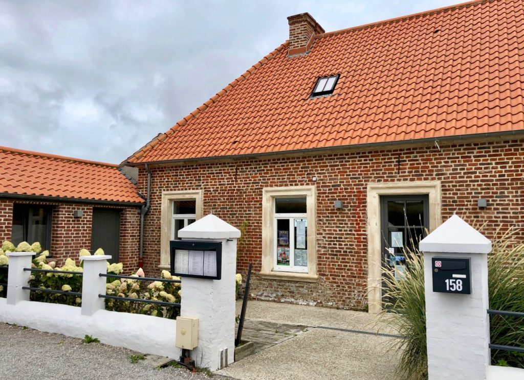 Plages-Pas-de-Calais-Tardinghen-facade-Presbytere