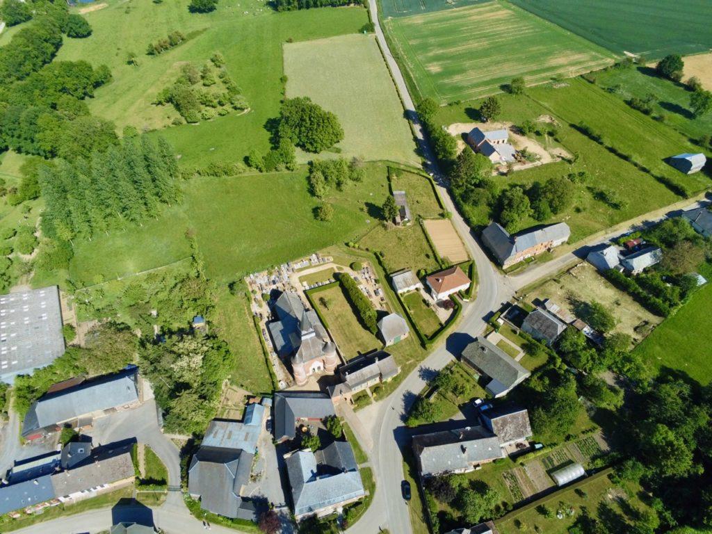 Vue village Parfondeval au drone