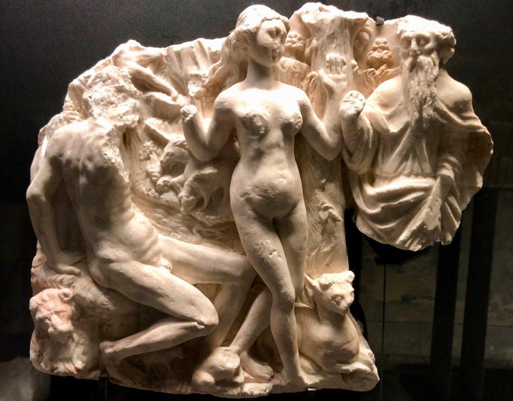 Boulogne-sur-Mer-crypte-basilique-Notre-Dame-sculpture-pierre
