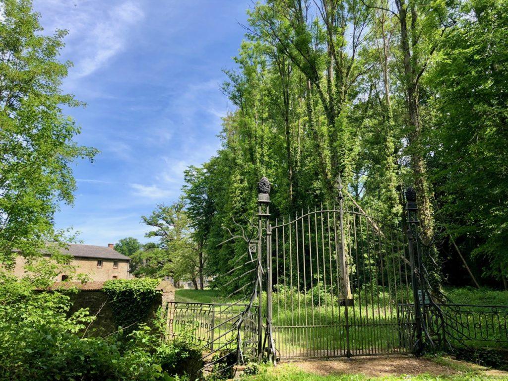 Conde-sur-l-Escaut-balade-chateau-Hermitage-grille-parc