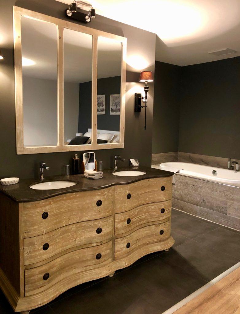 Herbes-folles-Steenwerck-chambre-charme-en-campagne-double-lavabo