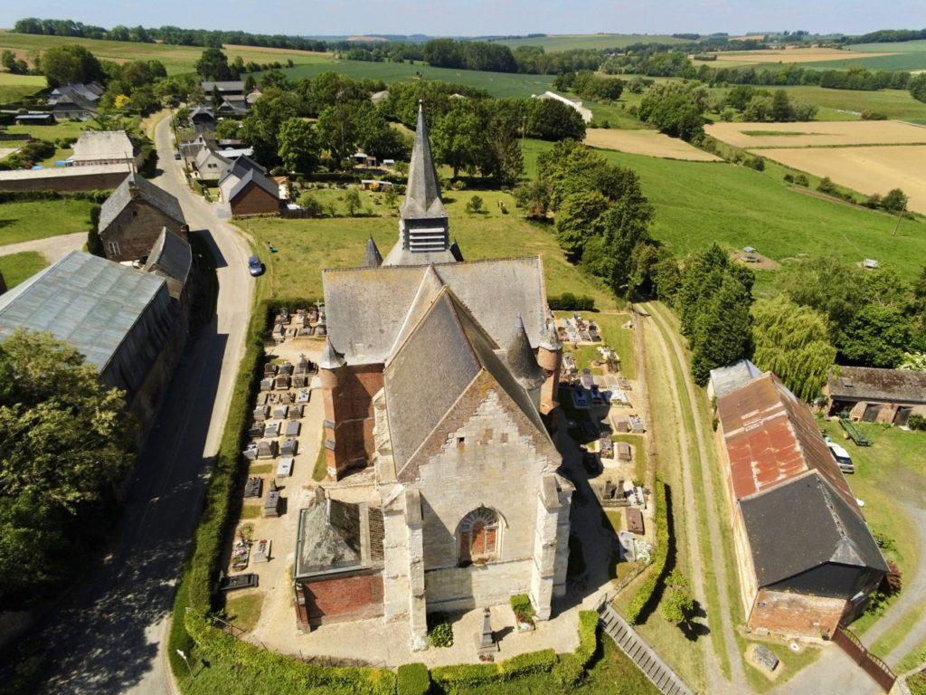 Eglise Saint-Martin Burelles Aisne vue arrière