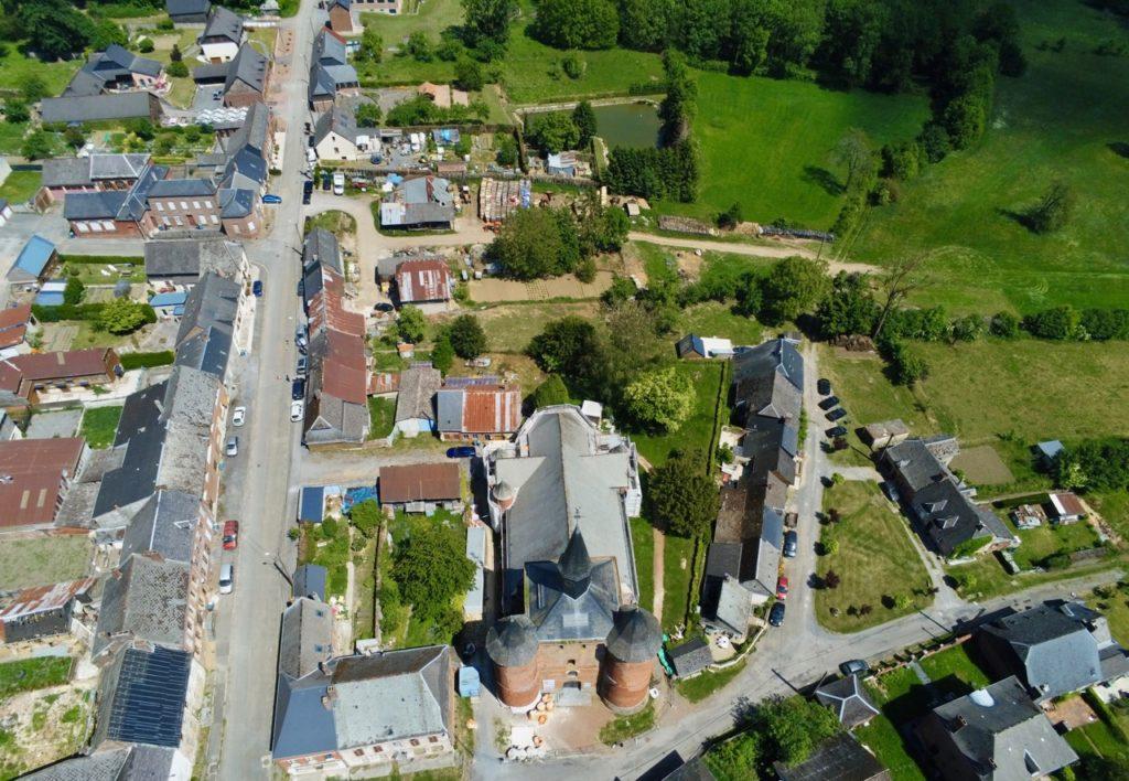 Eglise Notre-Dame Plomion vue au drone
