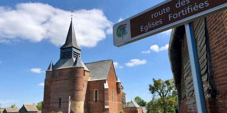 Six églises fortifiées de Thiérache, belles comme des châteaux forts