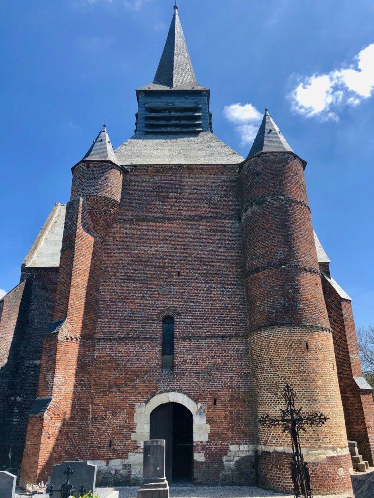 Eglises-fortifiees-Thierache-Burelles-facade