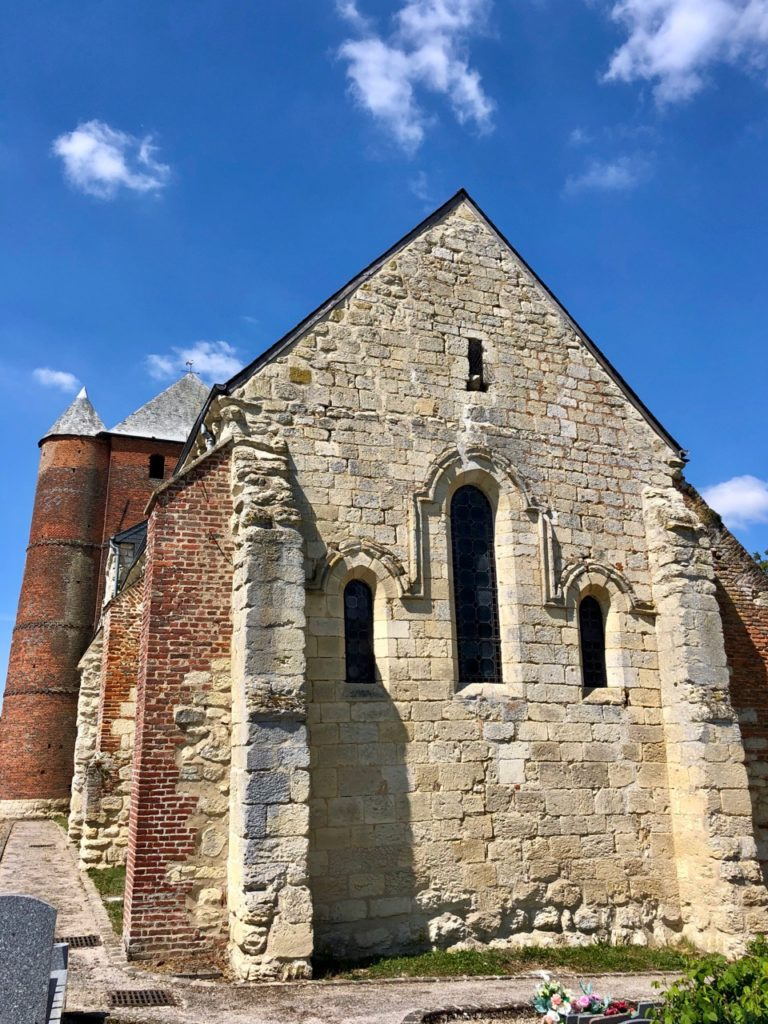 Eglises-fortifiees-Thierache-Prisces-arriere