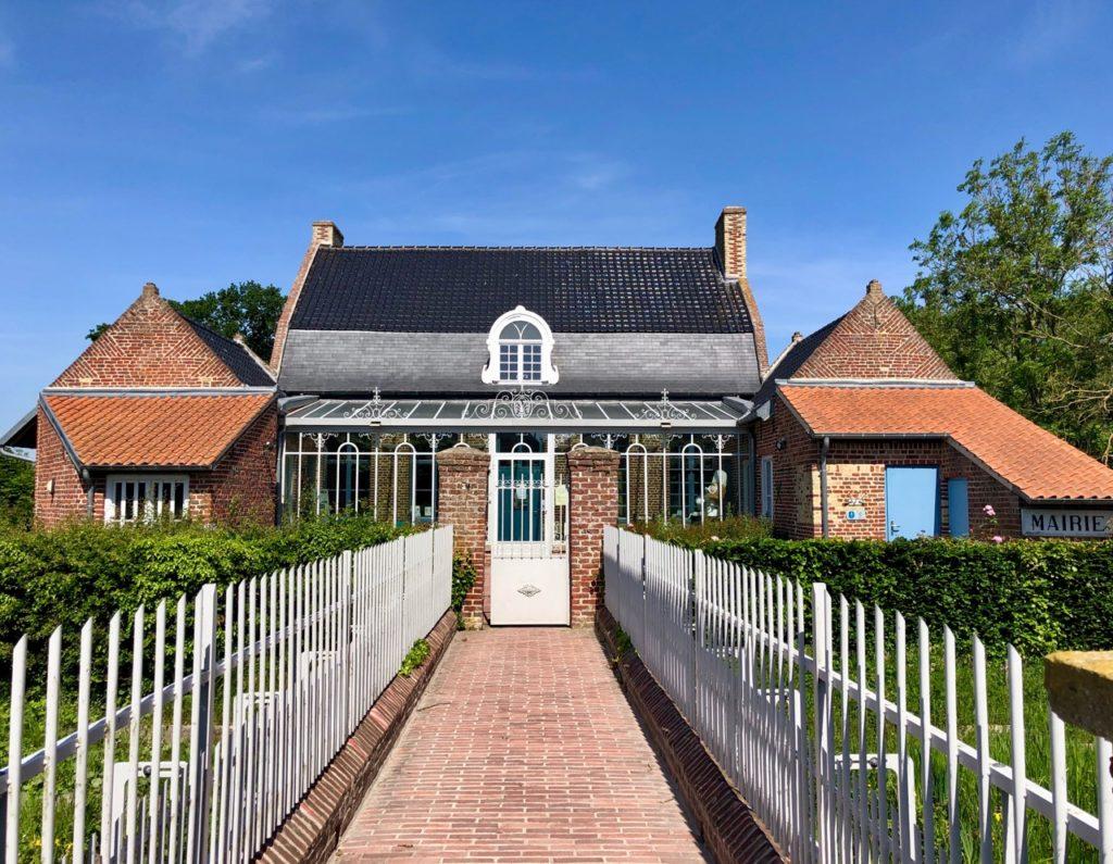 Village Patrimoine Rubrouck-Flandre-entree-mairie