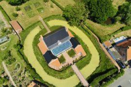 Rubrouck Flandre mairie vue au drone