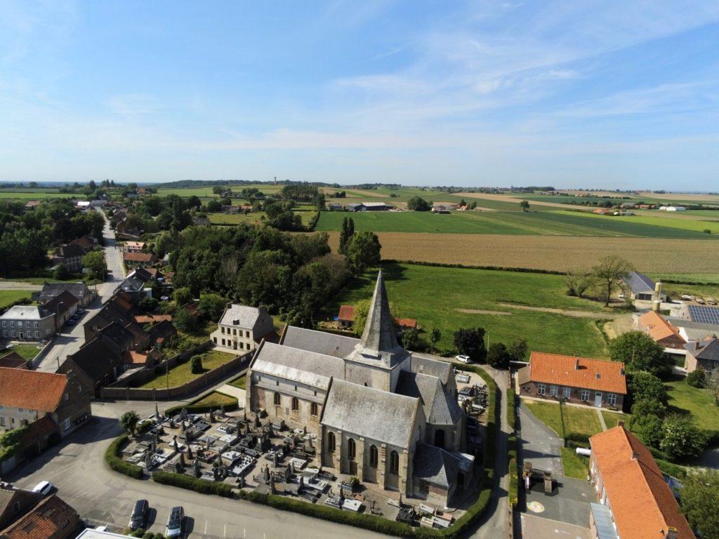 Volckerinckhove église vue au drone