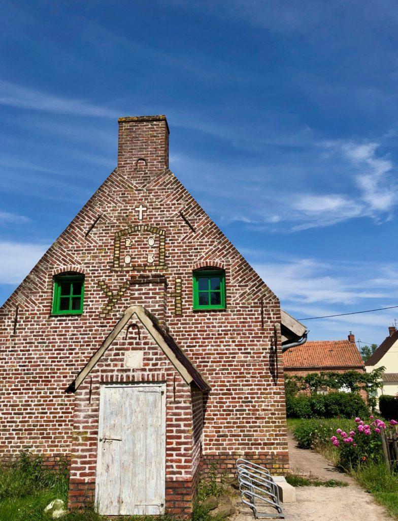 Volckerinckhove-Flandre-pignon-batiment-office-tourisme