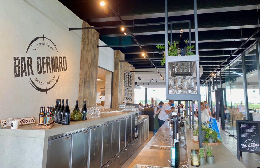 Bar-Bernard-by-St-Bernardus-comptoir