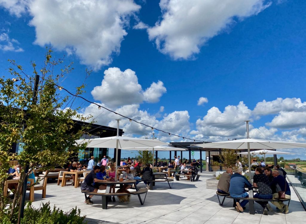 Bar-Bernard-by-St-Bernardus-tables-rooftop