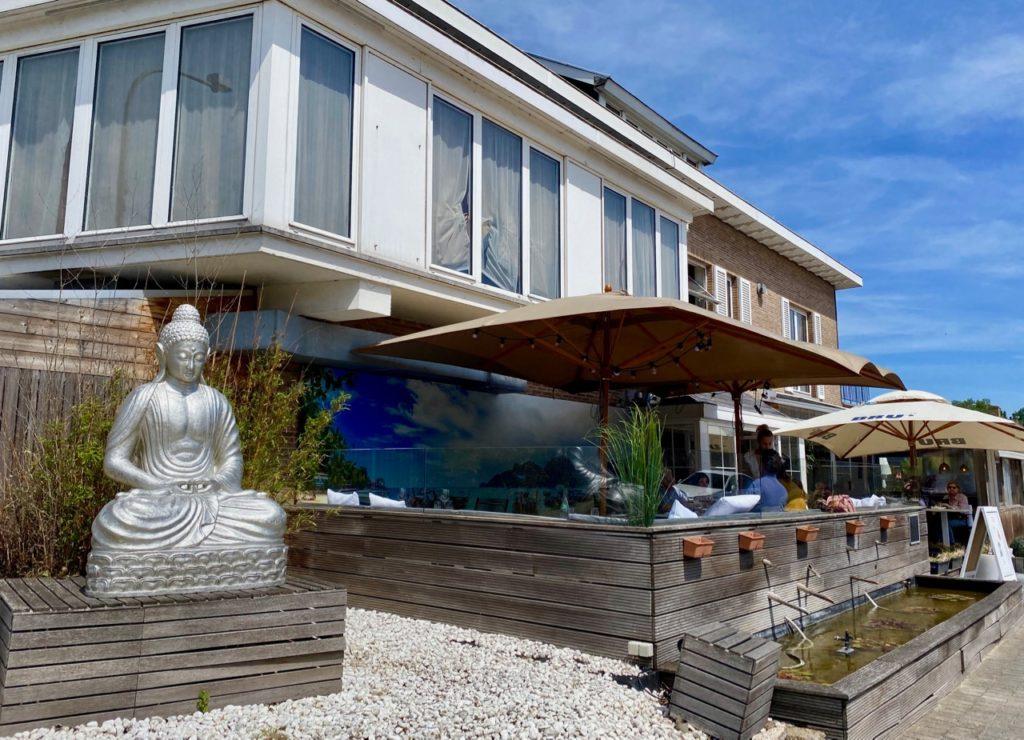 La-Panne-Mama-thai-terrasse