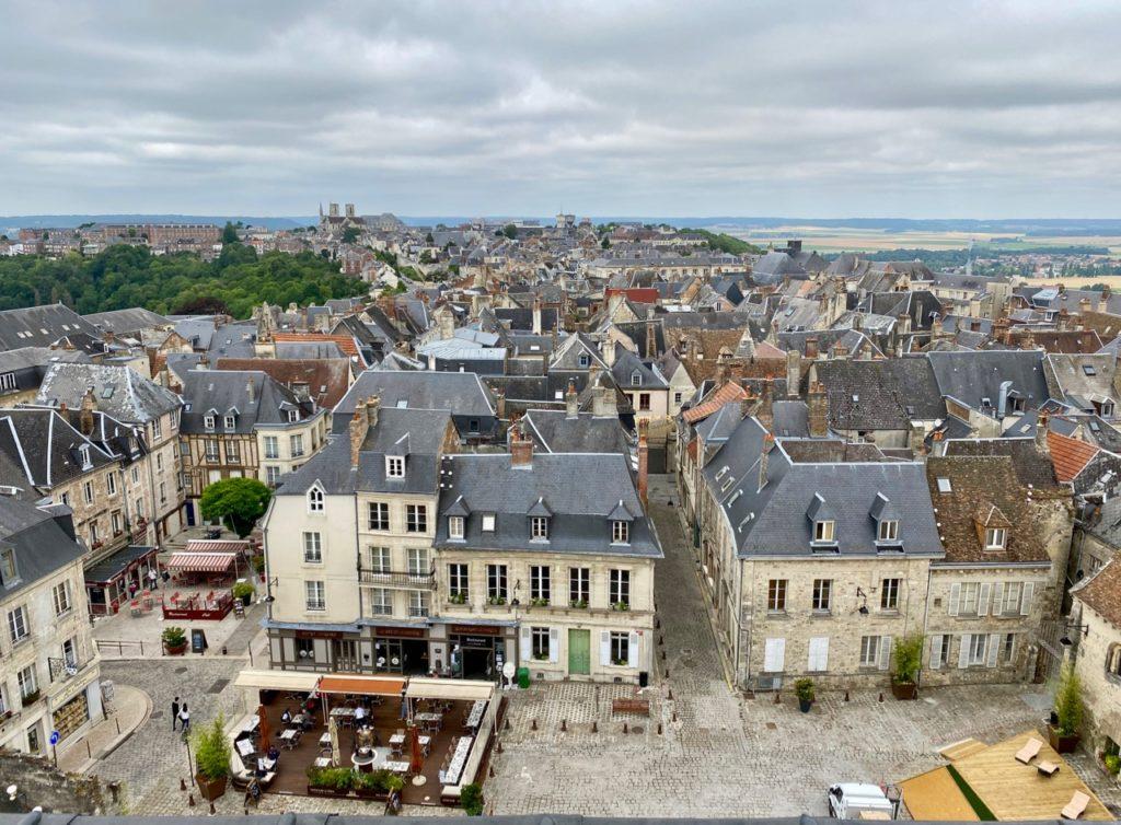 Laon-vue-du-haut-cathedrale