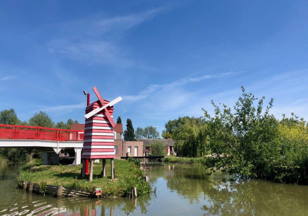 Marais-audomarois-Isnor-moulin-rouge