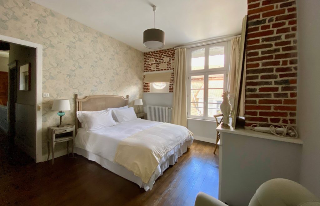 Montreuil-sur-Mer-bed-and-breakfast-rue-Pierre-Ledent-chambre