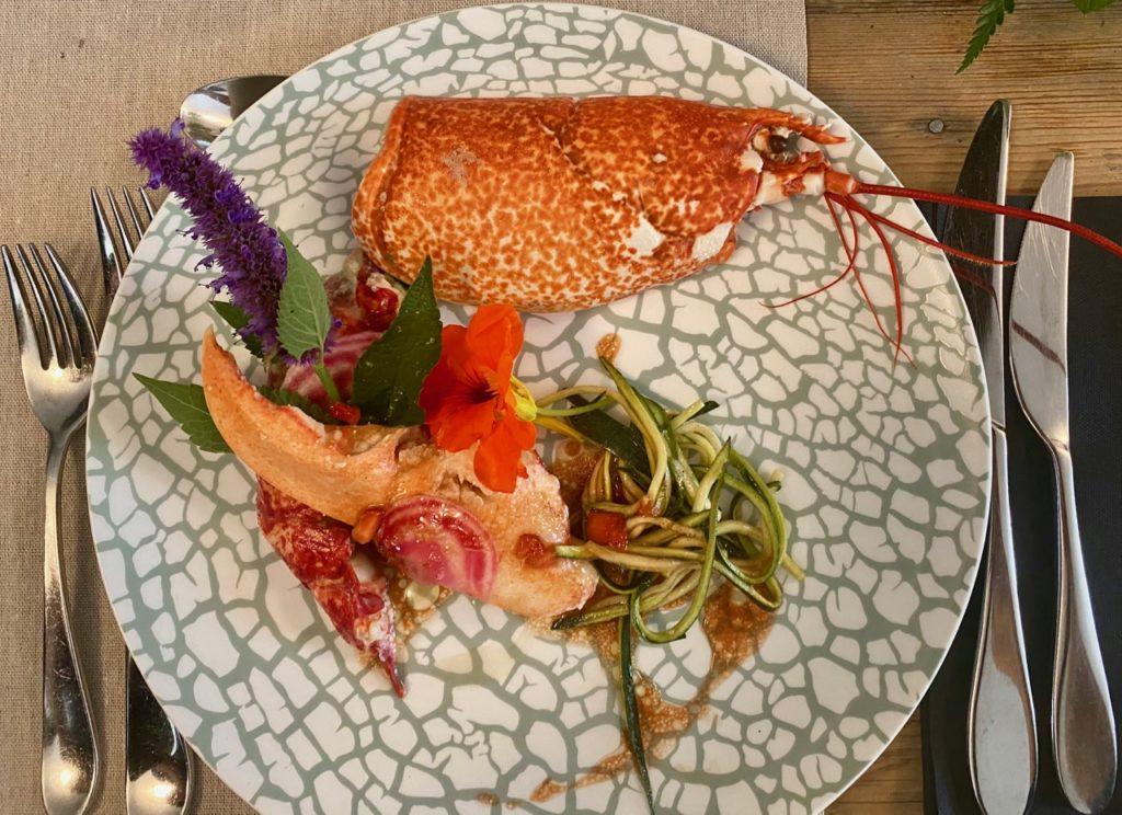 Montreuil-sur-Mer-diner-insolite-homard