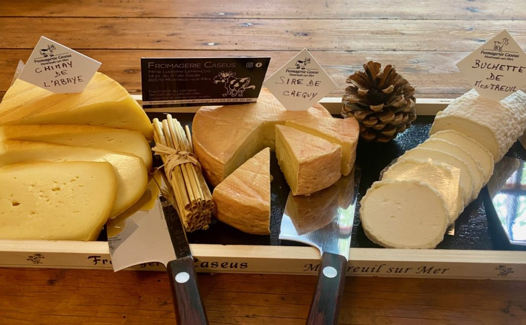 Montreuil-sur-Mer-diner-insolite-plateau-fromages