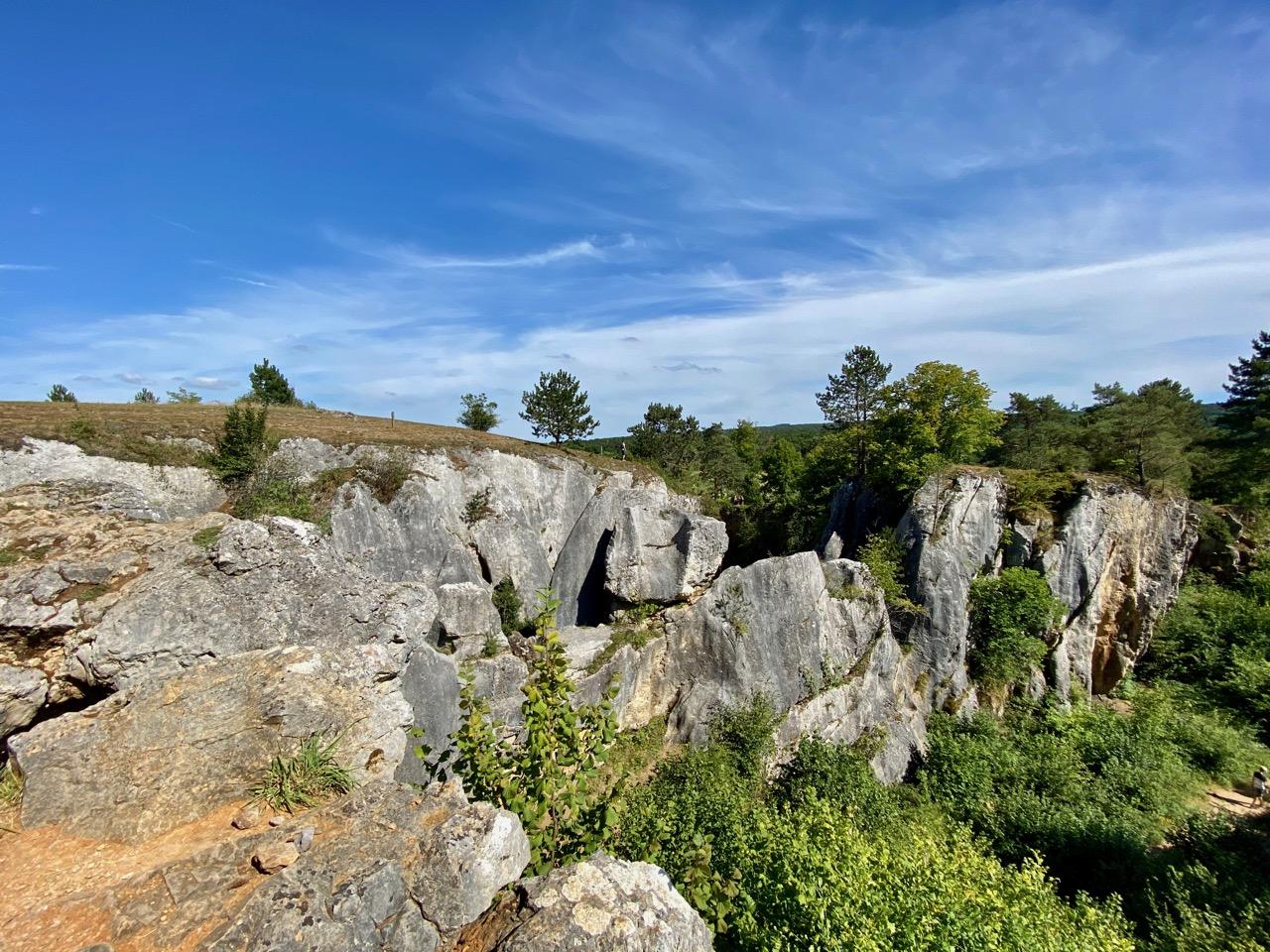 Pays-des-Lacs-Fondry-des-Chiens-un