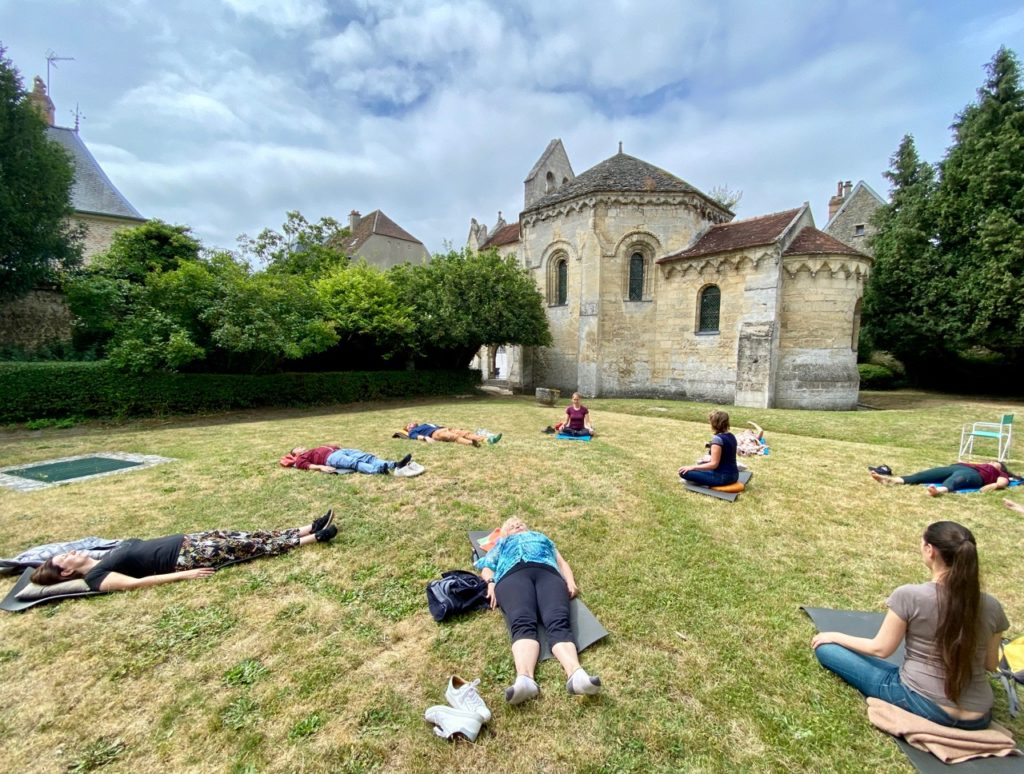 Semaine Z'Aisne sophrologie jardin chapelle templiers