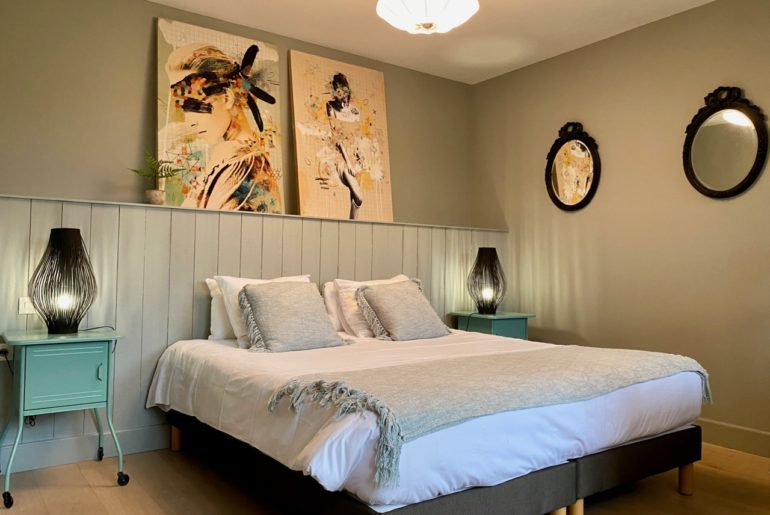 Chambres-d-hotes-Plumes-et-Coton-Ecurie-chambre-Plumes