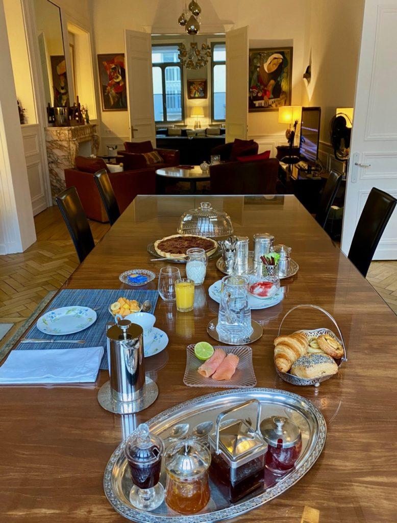Les-Chambres-du-Palais-Douai-petit-dejeuner