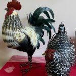 Maison d'hotes-Le-Carre-des-Arts-Le-Cateau-poules-et-coq