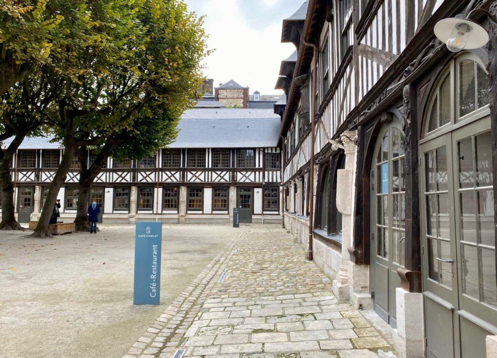 Nouveautes-culturelles-a-Rouen-futur-cafe-Hamlet