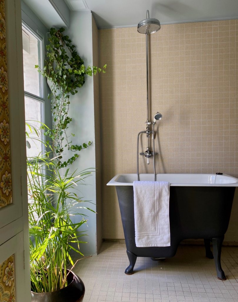 PieuX-Montreuil-sur-Mer-chambre-Cachette-bain