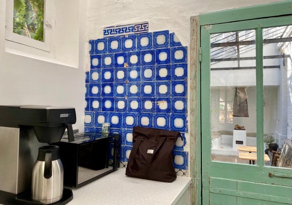 PieuX-Montreuil-sur-Mer-coin-cafe