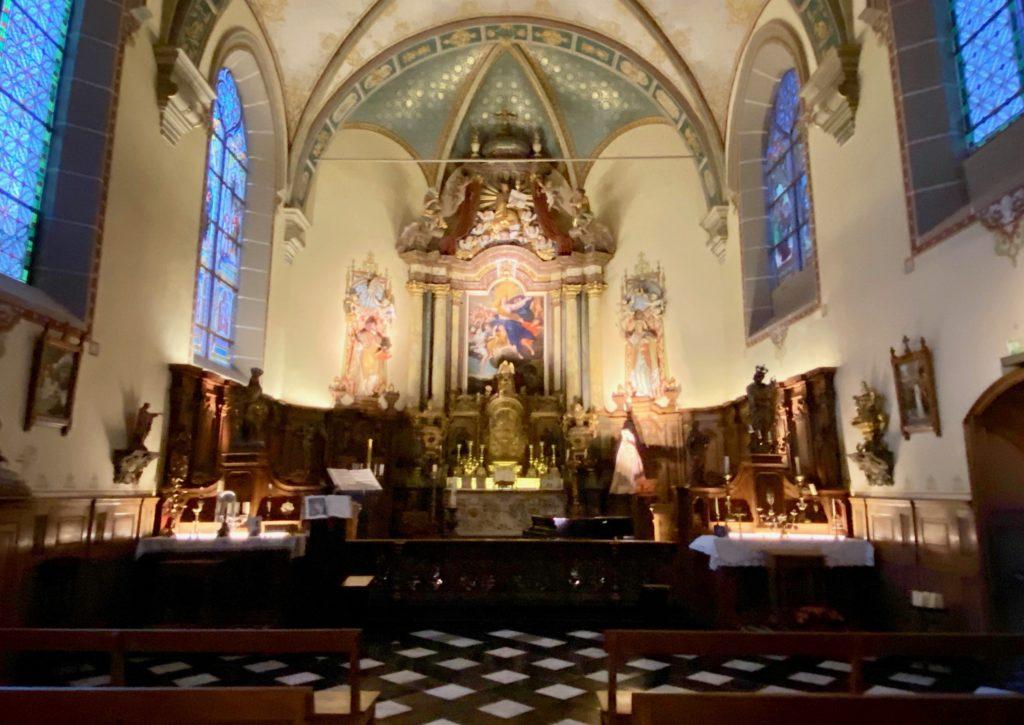 Hopital-Notre-Dame-a-la-Rose-Lessines-chapelle-large