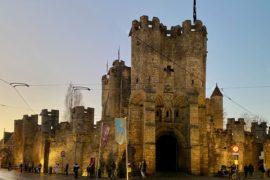 Gand-chateau-des-Comtes-exterieur-facade-crepuscule