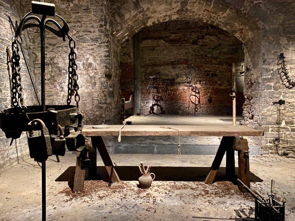 Gand-chateau-des-Comtes-salle-torture