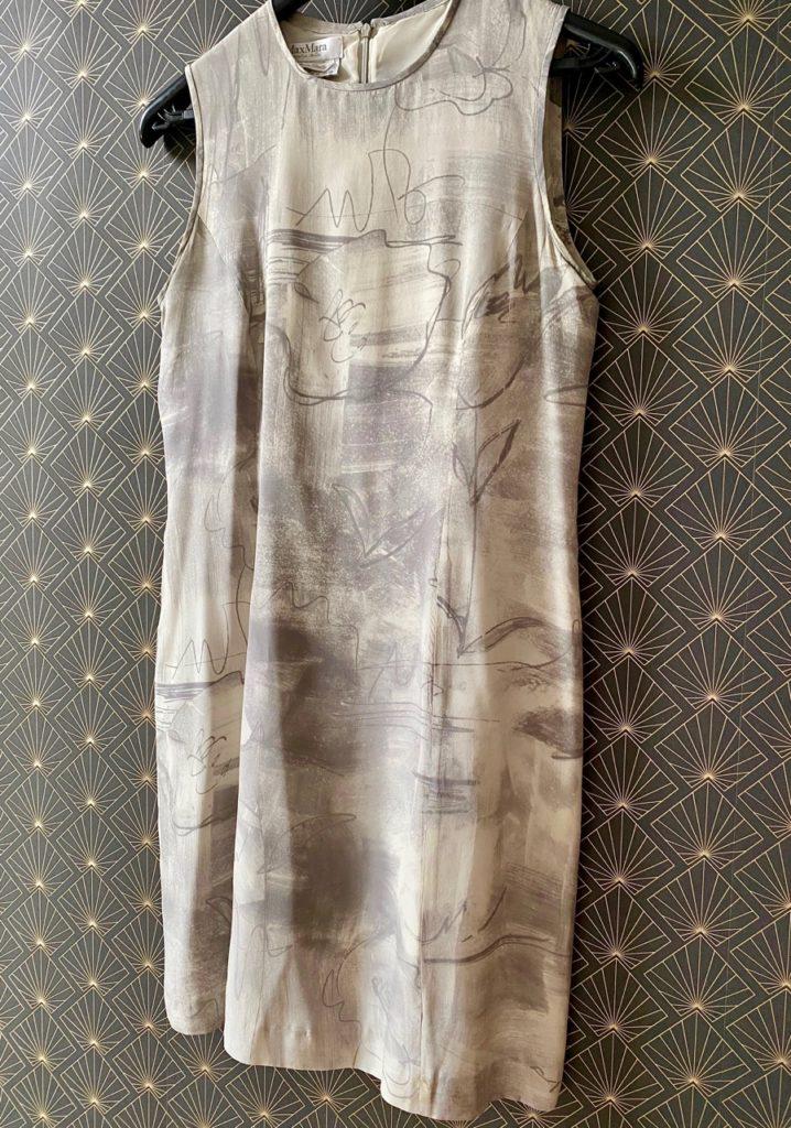 Robe-soie-grise