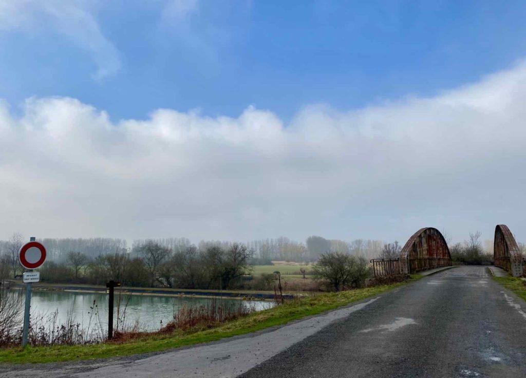 Pont-du-Brichambault-randonnee-Le-Canal