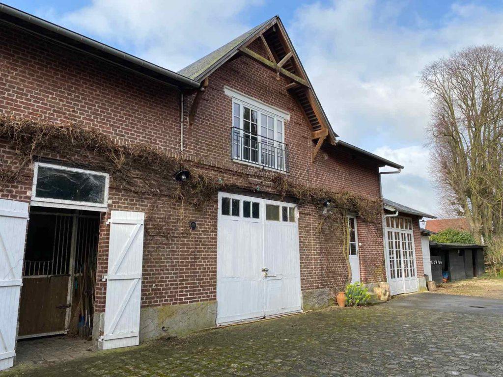 La-Maison-et-L'Atelier-Crouy-en-Thelle-Oise-atelier-exterieur