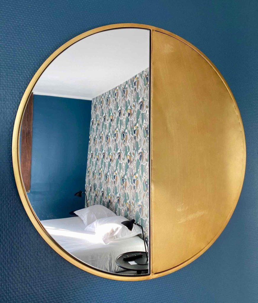 Senlis-La-Boheme-chambre-deux-miroir