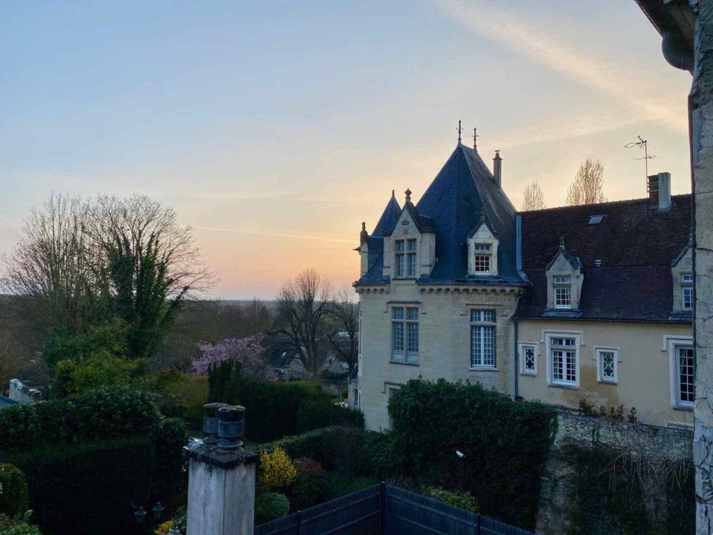 Senlis-La-Boheme-chambre-deux-vue-jardin