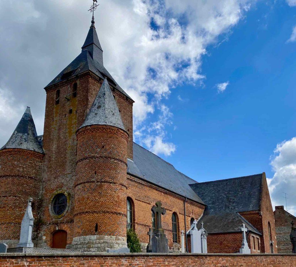 Eglises-fortifiees-vallee-de-l-Oise-Autreppes-vue-ensemble