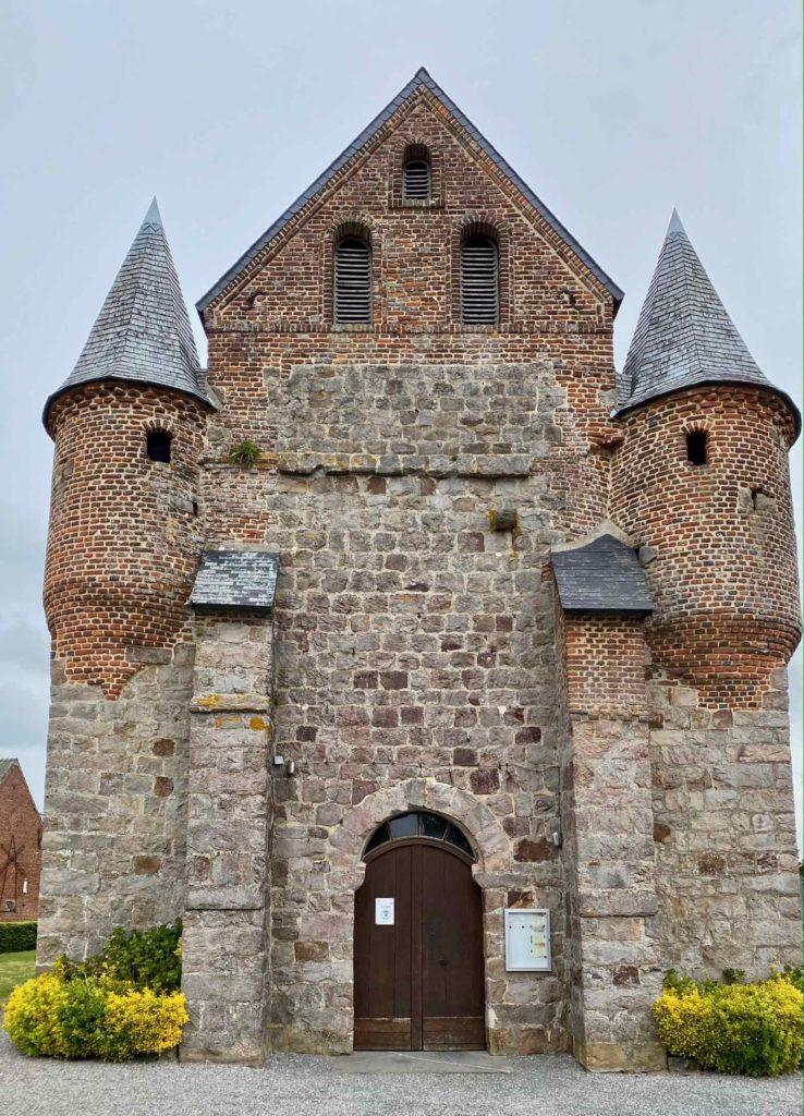 Eglises-fortifiees-vallee-de-l-Oise-Englancourt-entree