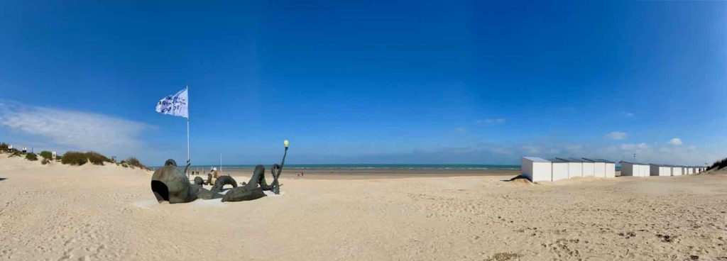 Festival-Beaufort-La-Panne-Laure-Prouvost-Touching-To-Sea-You-Through-Our-Extremities-panoramique
